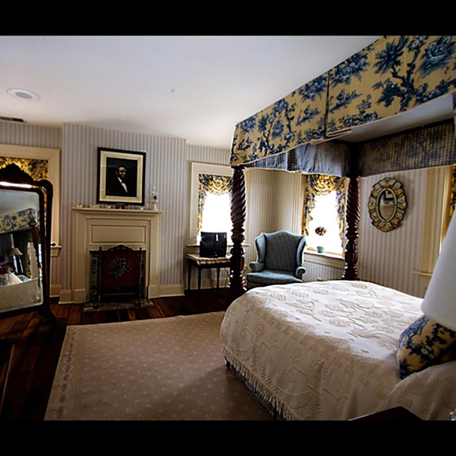 bedroom1754