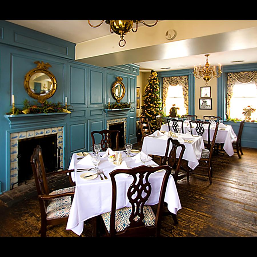 bluediningroom